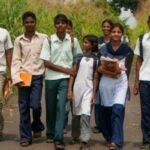 किशोर-किशोरियों के लिए सामाजिक और भावनात्मक विकास है बेहद महत्वपूर्ण